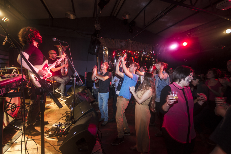 ראש השנה האזרחית - מסיבה בזנדלי
